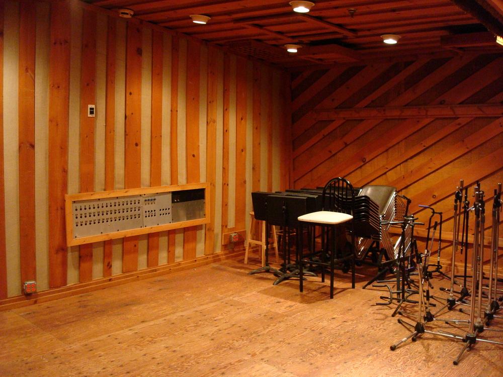 MUSIC STUDIO 5-20-STUDIO B.JPG