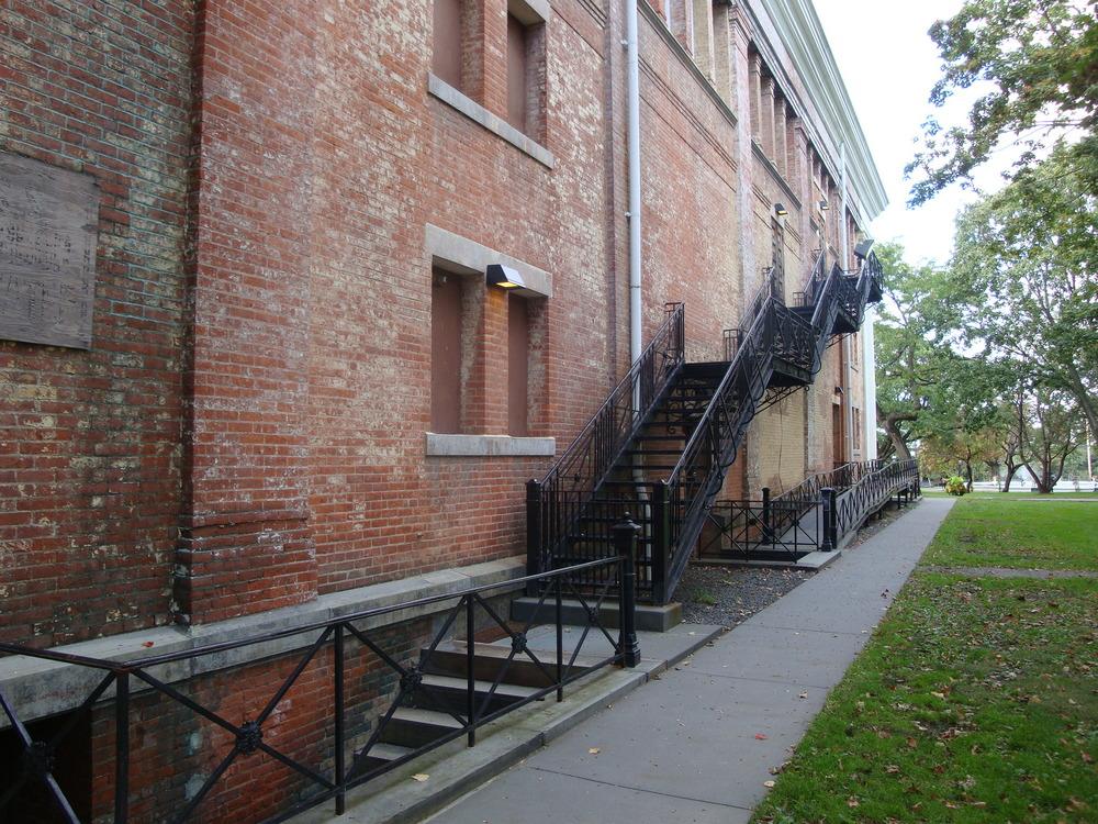 MUSEUM 4-52.JPG