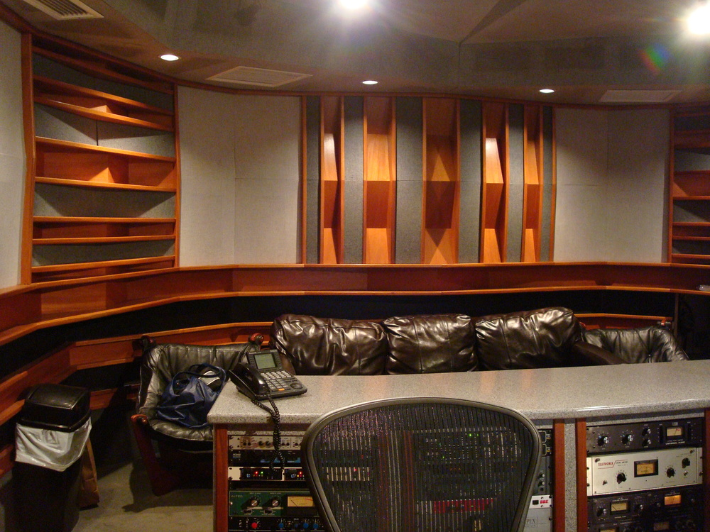 MUSIC STUDIO 6-03.JPG