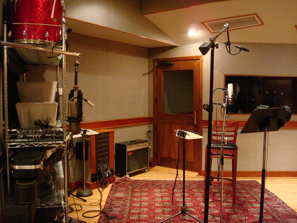MUSIC STUDIO 6-06.JPG