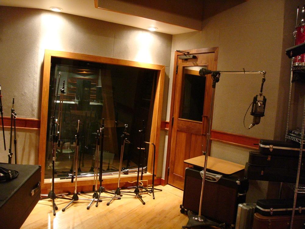 MUSIC STUDIO 6-08.JPG