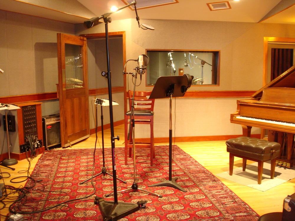 MUSIC STUDIO 6-11.JPG