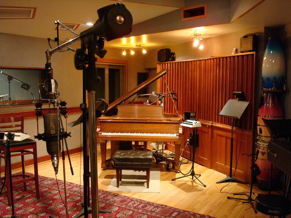 MUSIC STUDIO 6-12.JPG