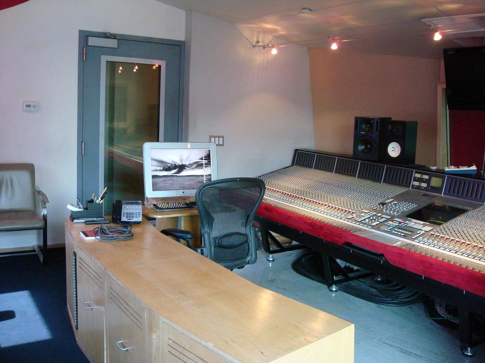 MUSIC STUDIO 3-12.JPG