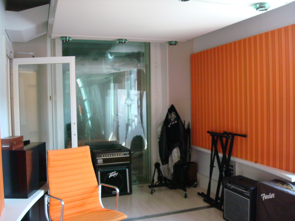 MUSIC STUDIO 2-11-ORANGE.JPG