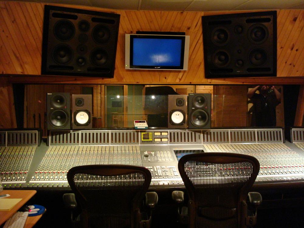 MUSIC STUDIO 1-01-STUDIO A.JPG