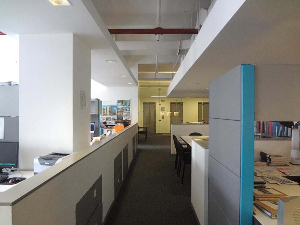 OFFICE 26_8.jpg