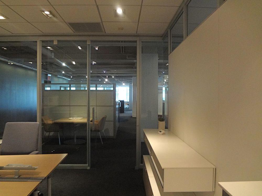 OFFICE 25_9.jpg