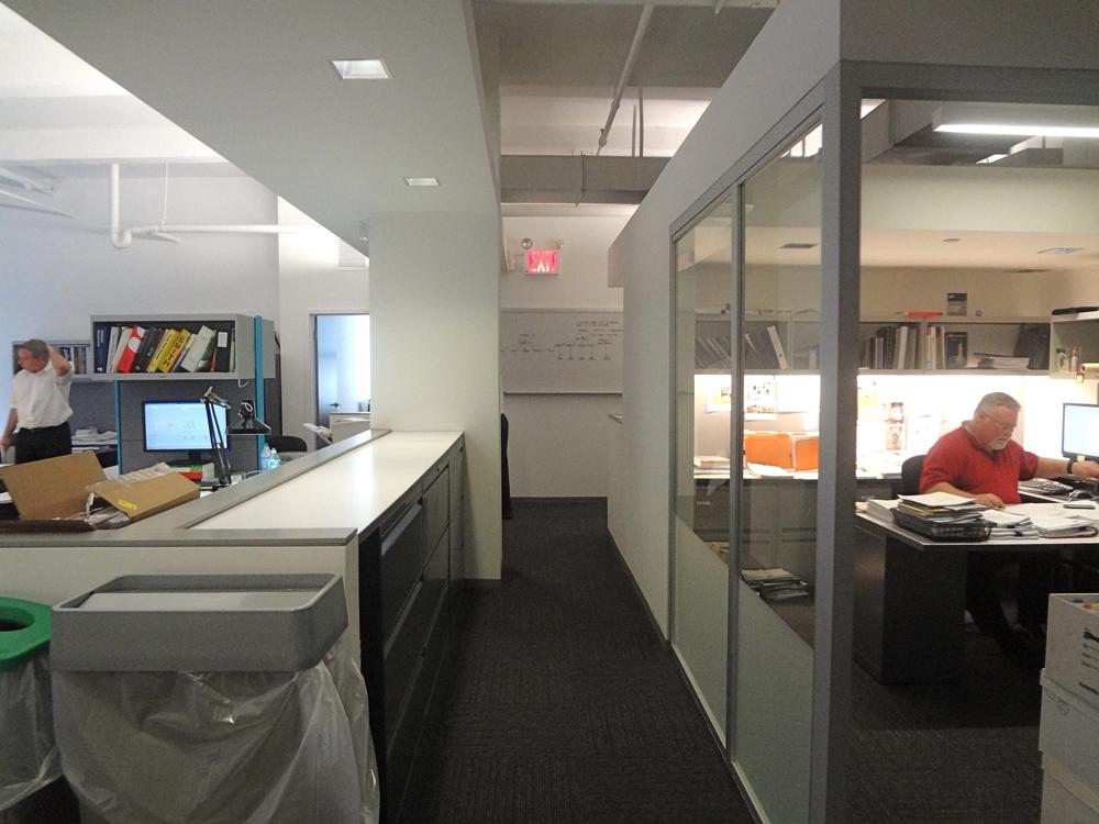 OFFICE 26_13.jpg