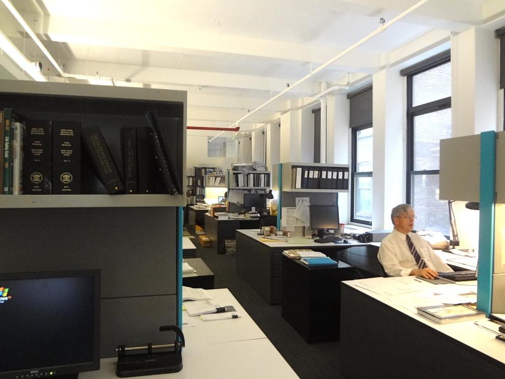 OFFICE 26_15.jpg
