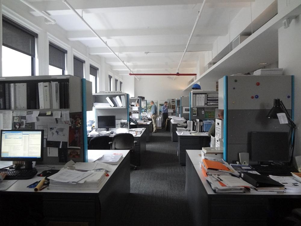 OFFICE 26_18.jpg