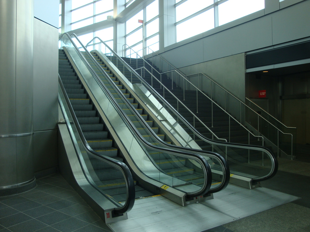 ESCALATOR 6