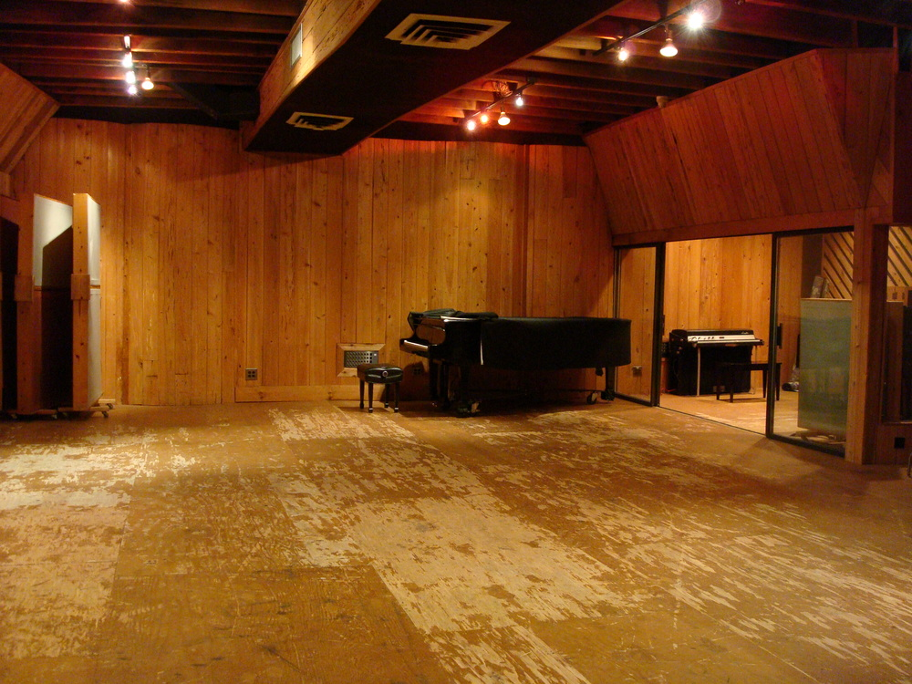 MUSIC STUDIO 8