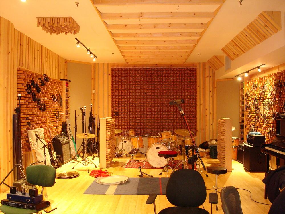 MUSIC STUDIO 13