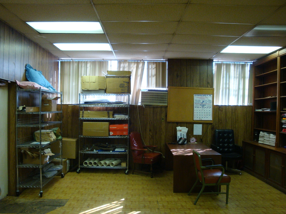 OFFICE 20-08-OFFICE B.JPG