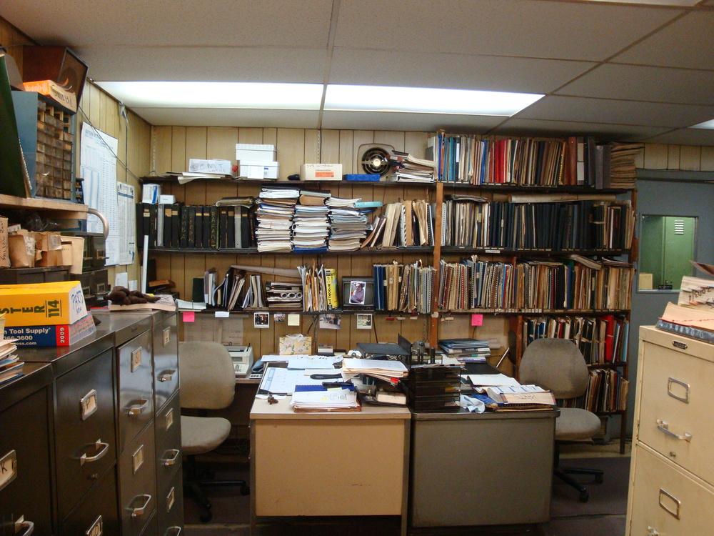 OFFICE 20-19-OFFICE C.JPG