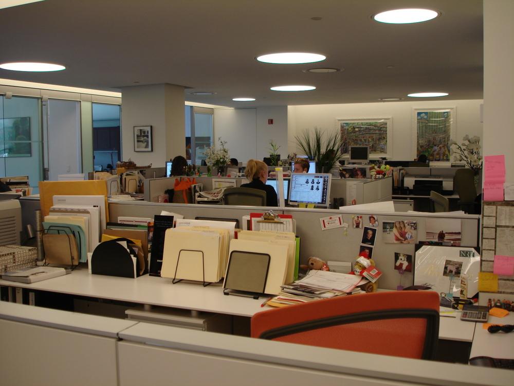 OFFICE 12-09.JPG