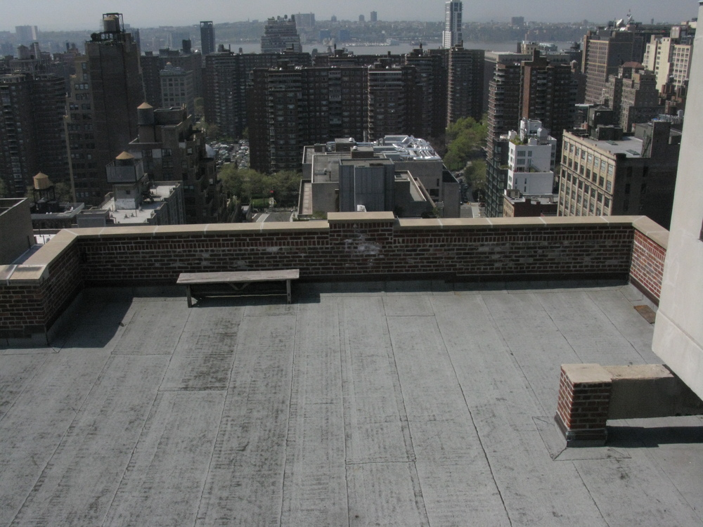 ROOF 52
