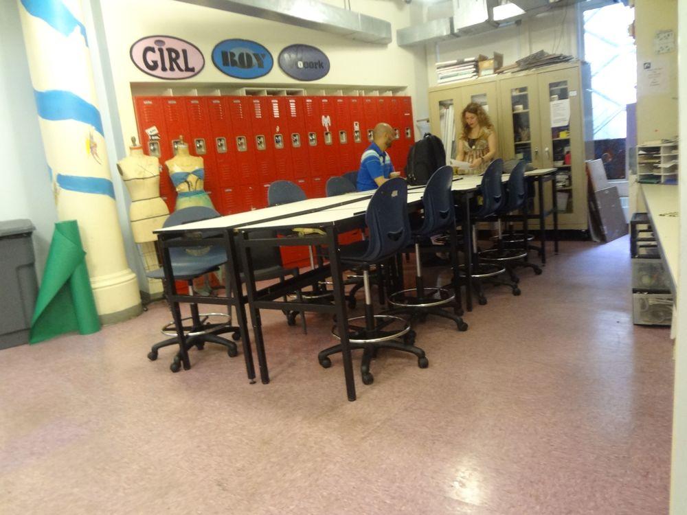 SCHOOL 20_12.jpg
