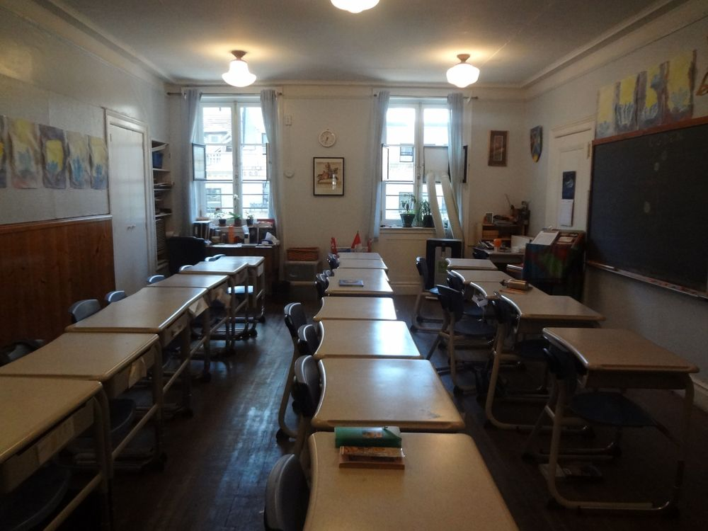 SCHOOL 18-2.jpg