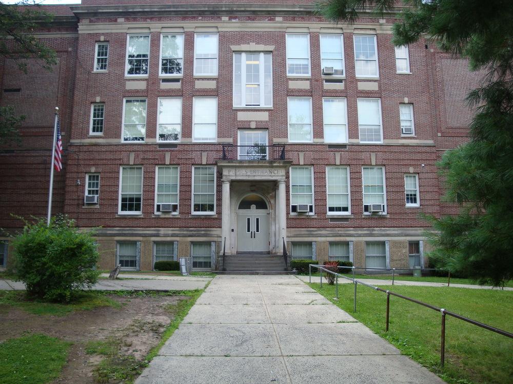 SCHOOL 17-03.JPG