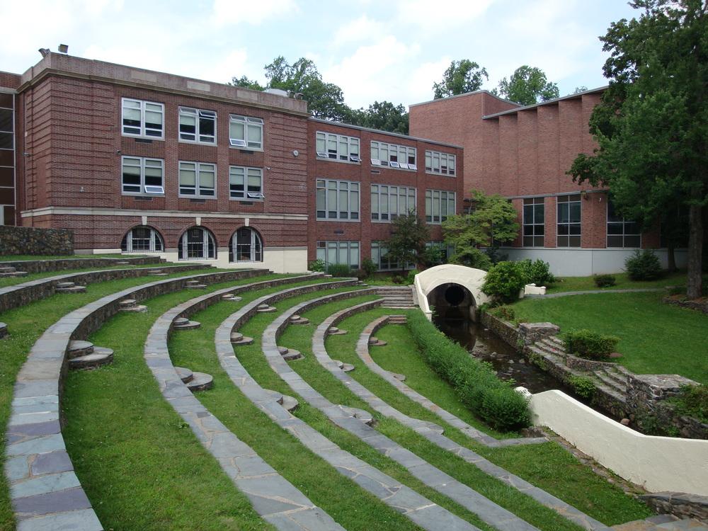 SCHOOL 17-09.JPG