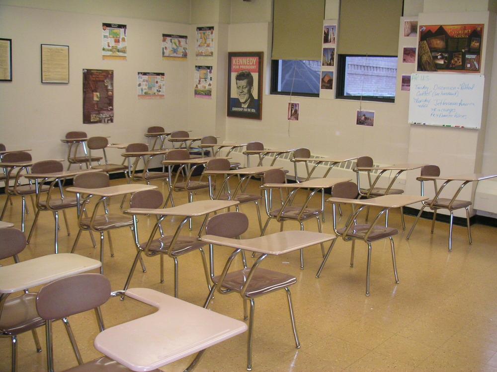 SCHOOL 2-33.JPG