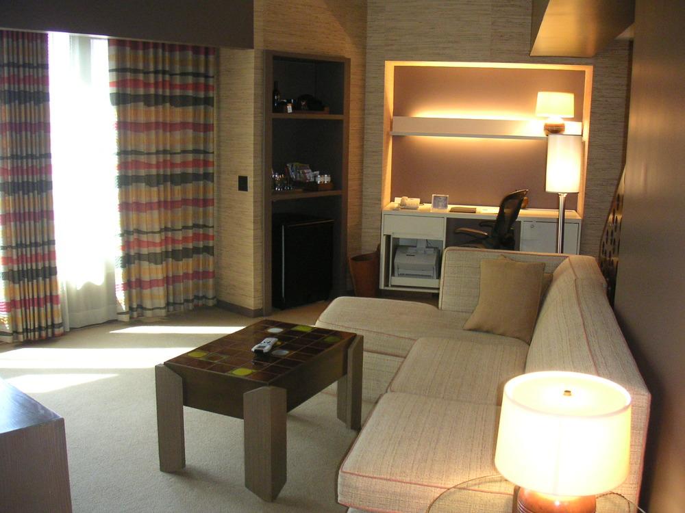 HOTEL 13-20.JPG