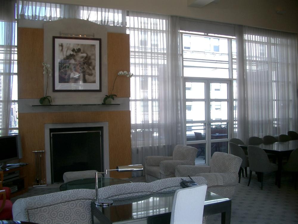 HOTEL 17-02.JPG