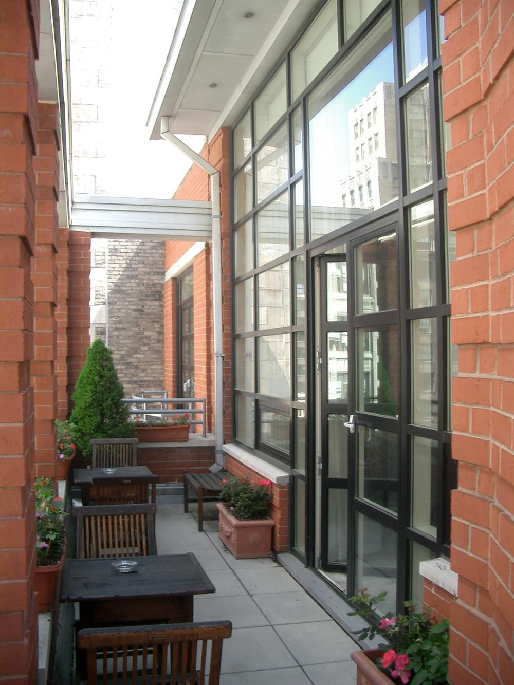 HOTEL 17-09.JPG