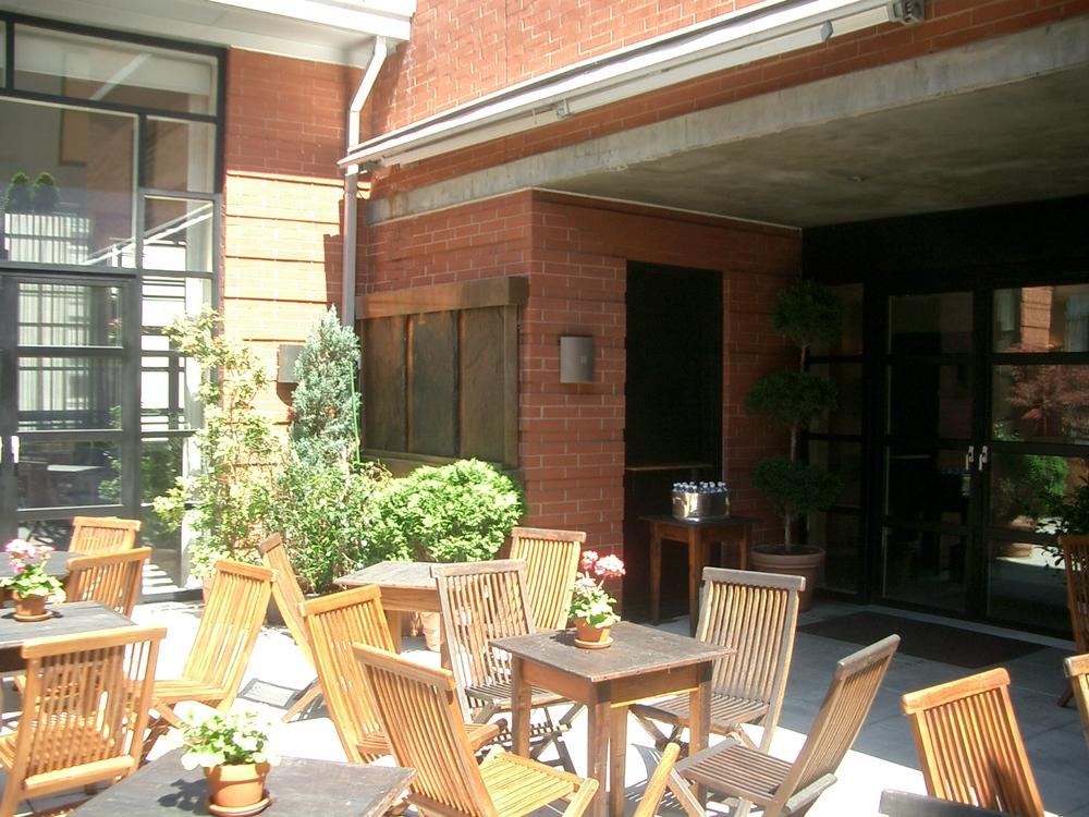 HOTEL 17-17.JPG