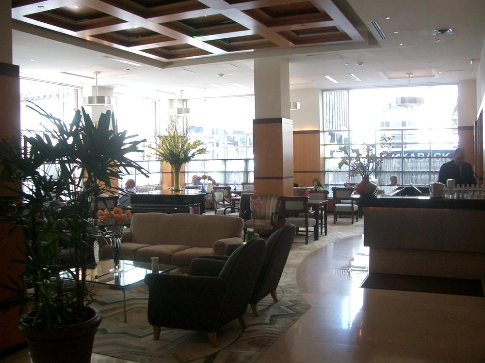HOTEL 17-19.JPG