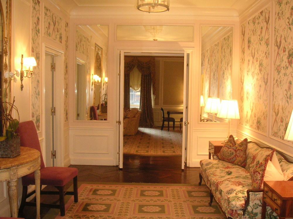 HOTEL 23-01.JPG