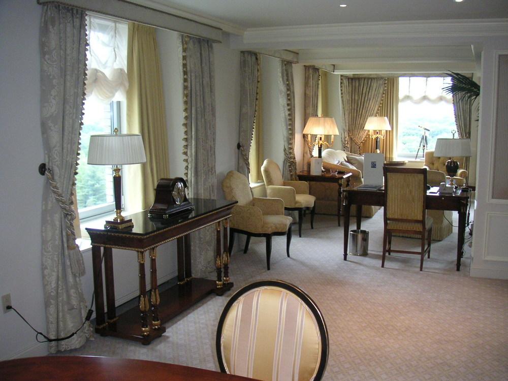 HOTEL 24-19.JPG