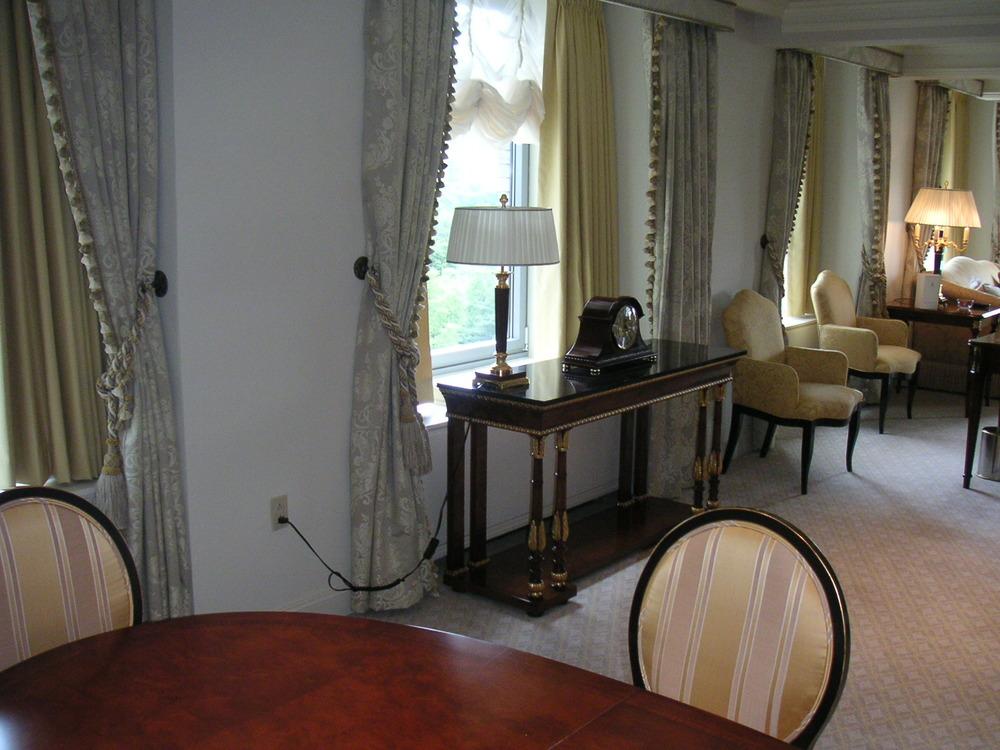 HOTEL 24-20.JPG