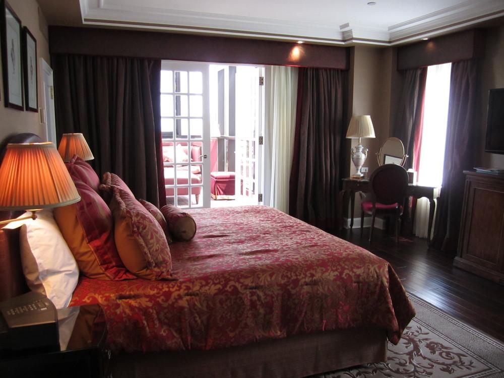 HOTEL 67-04.JPG