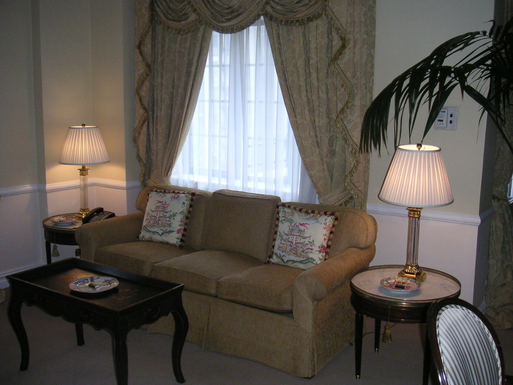 HOTEL 28-03.JPG