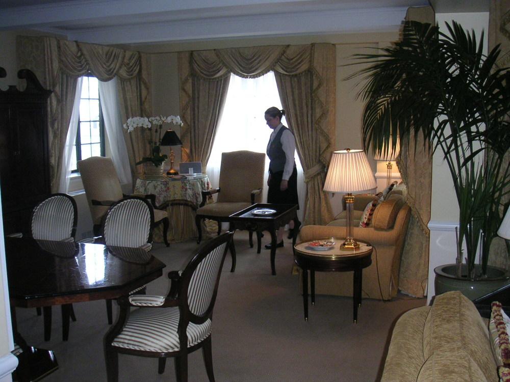 HOTEL 28-05.JPG