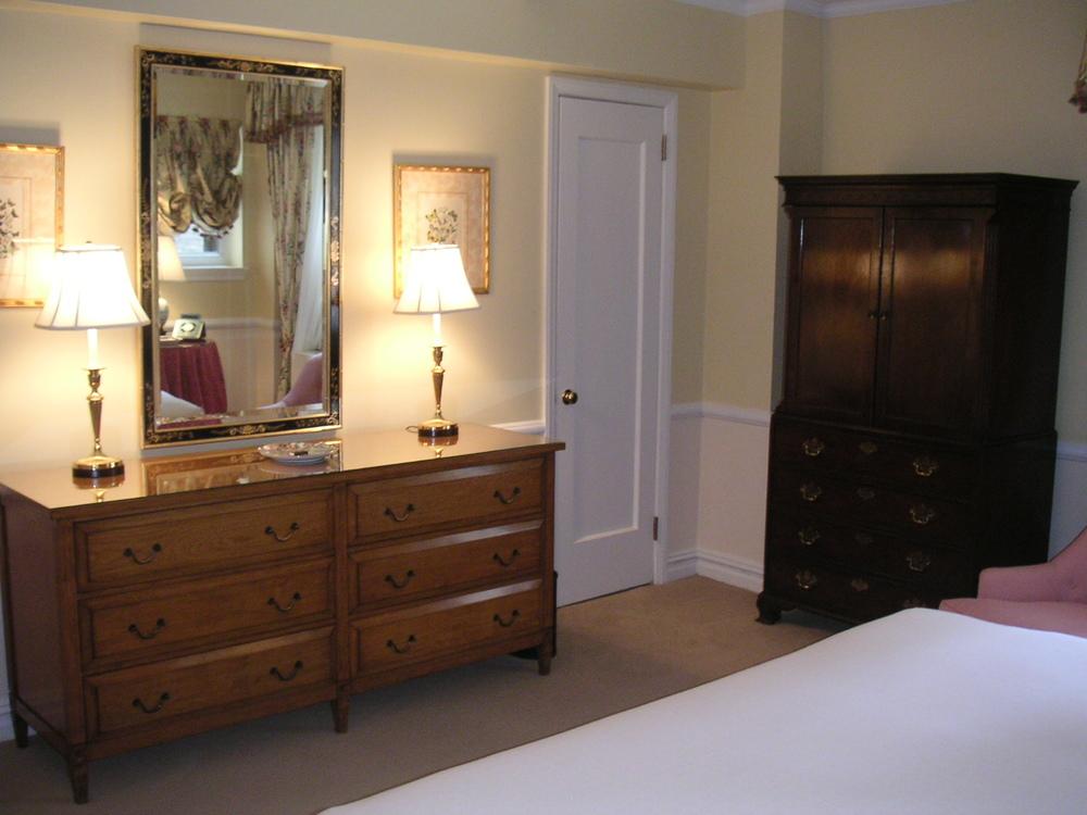 HOTEL 28-09.JPG