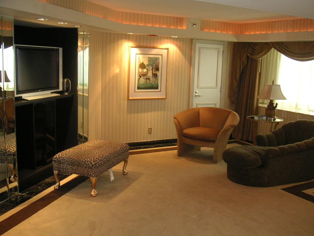 HOTEL 34-03.JPG