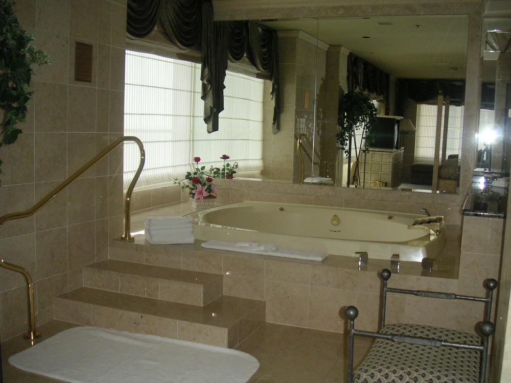 HOTEL 35-03.JPG