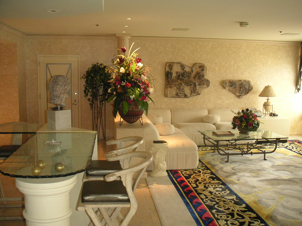 HOTEL 35-07.JPG