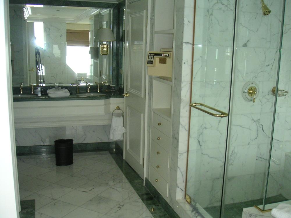 HOTEL 35-15.JPG