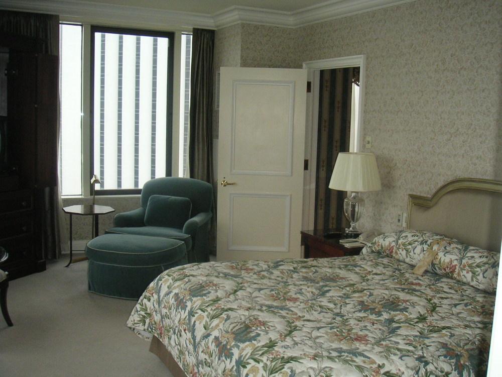 HOTEL 35-16.JPG