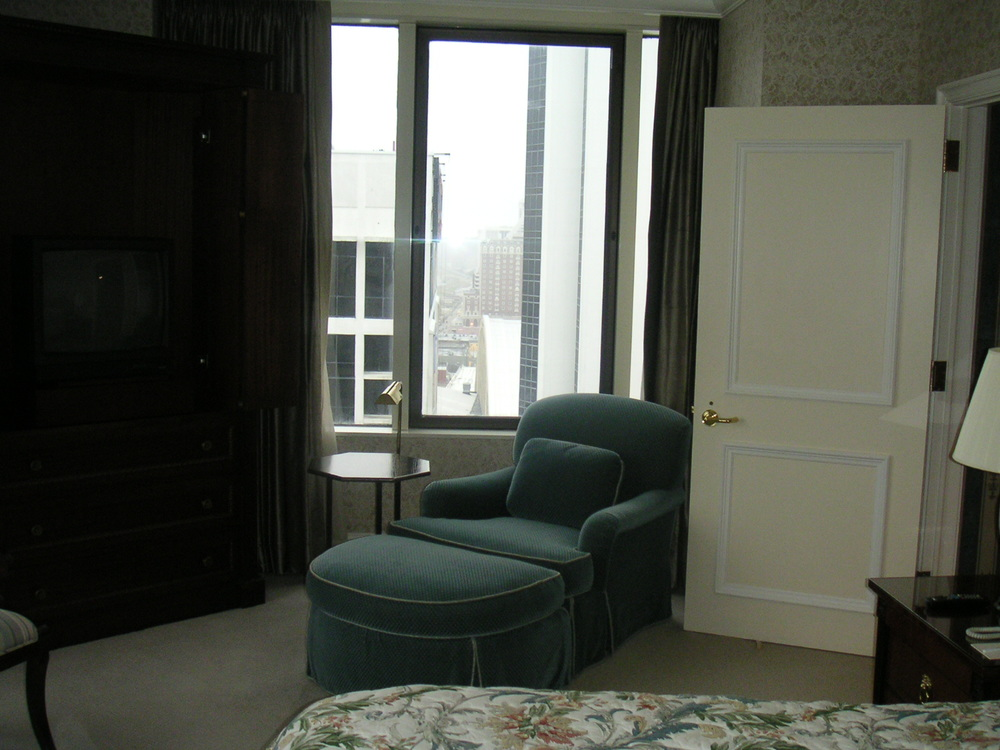 HOTEL 35-18.JPG
