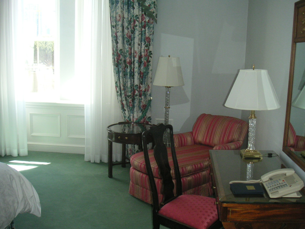 HOTEL 40-CP01.JPG