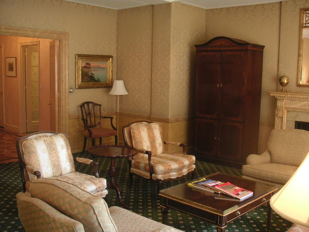 HOTEL 40-CP09.JPG