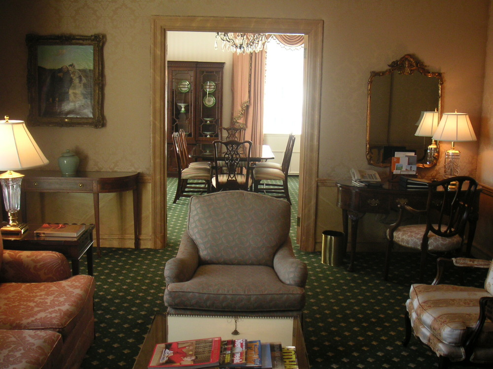 HOTEL 40-CP11.JPG
