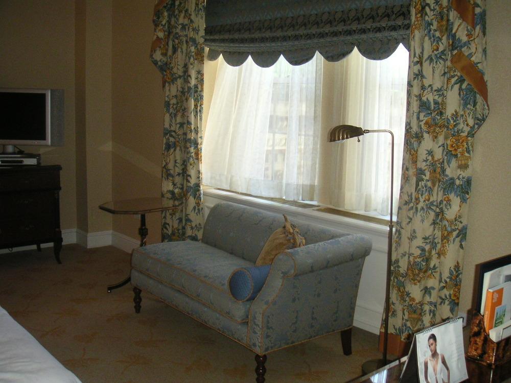 HOTEL 40-M03.JPG
