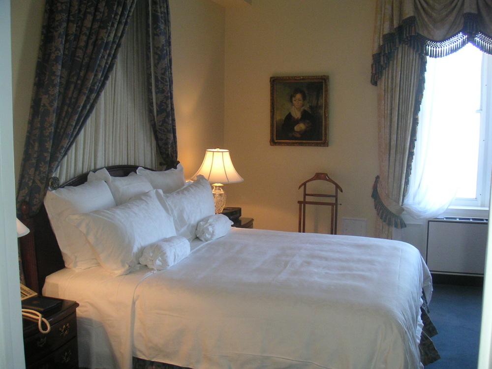 HOTEL 40-P07.JPG